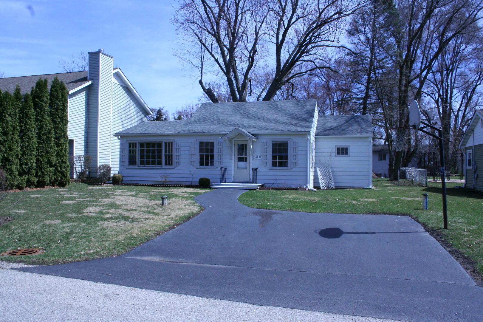 36889 North Oakwood Drive, Lake Villa, Illinois 60046