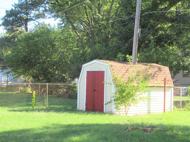 455 North East, Marengo, Illinois, 60152