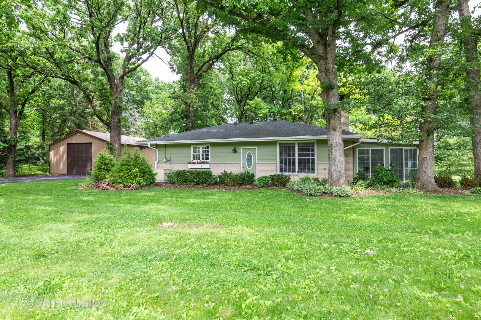 2N079 Saddlewood, Maple Park, Illinois, 60151