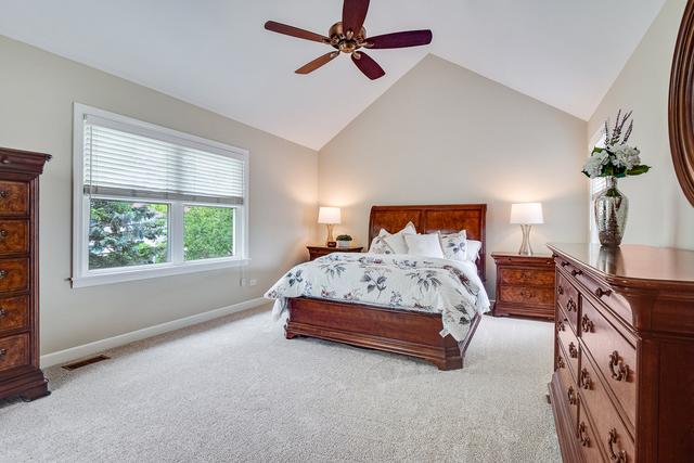 2600 Cheshire, AURORA, Illinois, 60504