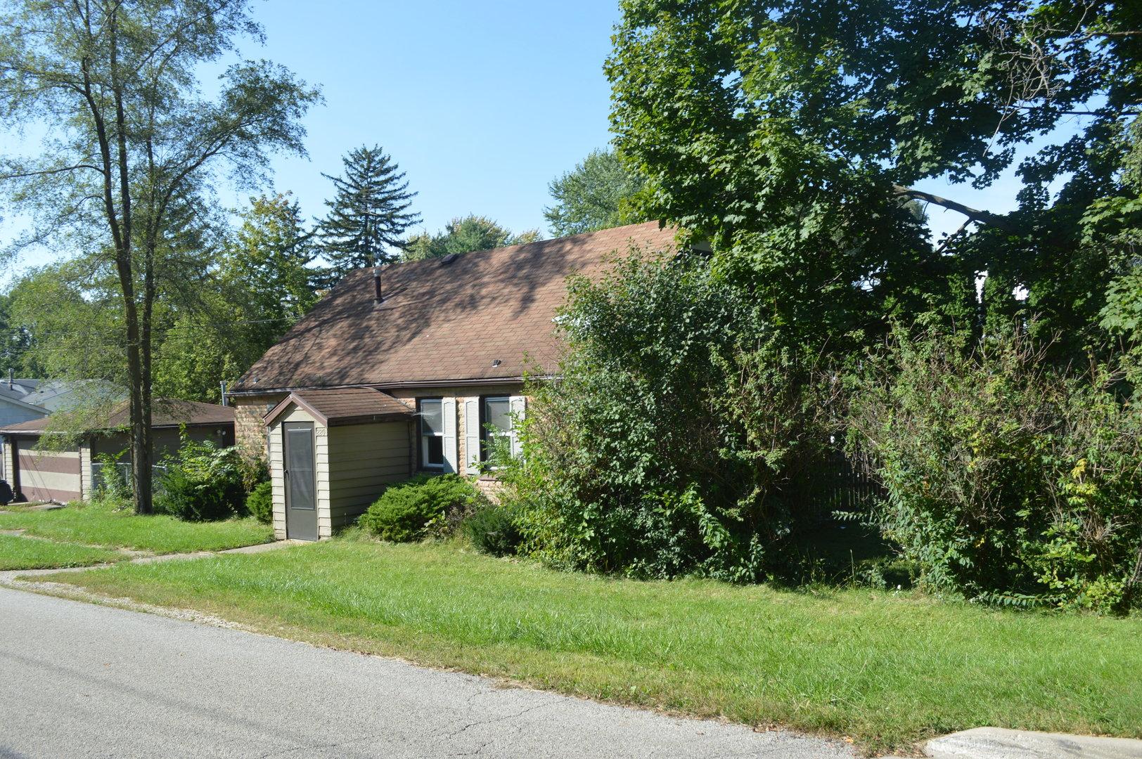 220 Hickory, Island Lake, Illinois, 60042