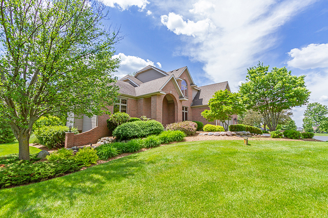 3705 Cypress Drive, Spring Grove, Illinois 60081