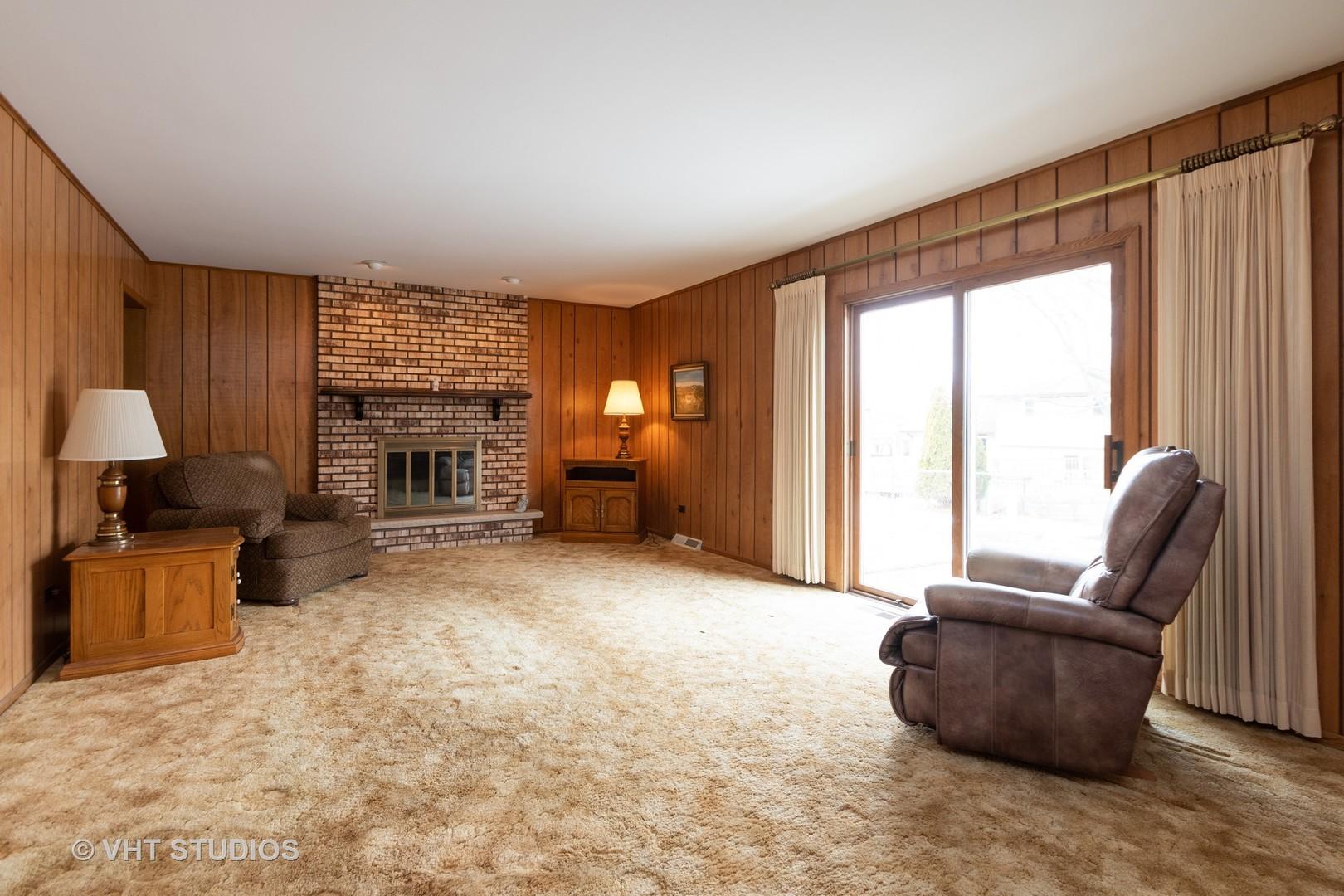 13050 Woodland, Homer Glen, Illinois, 60491