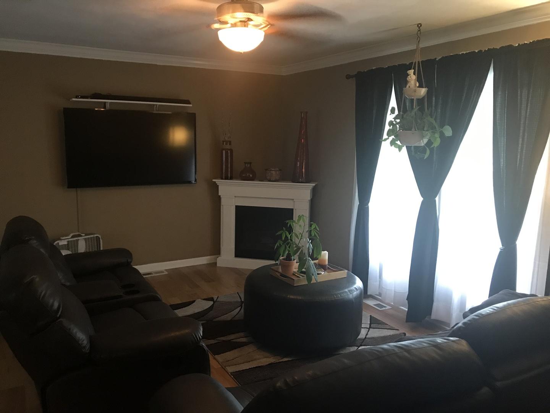 406 Beacon, Belvidere, Illinois, 61008