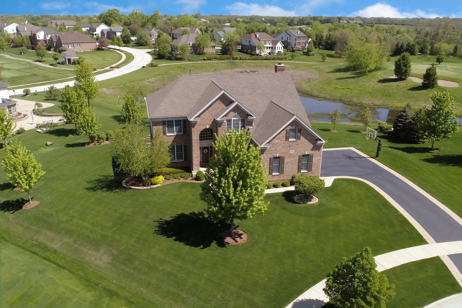 83 Tournament Drive, Hawthorn Woods, Illinois 60047