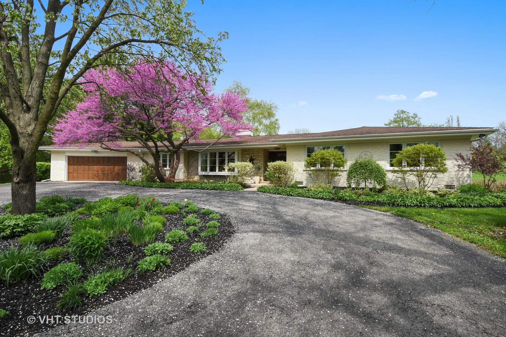 73 Dundee Lane, Barrington Hills, Illinois 60010