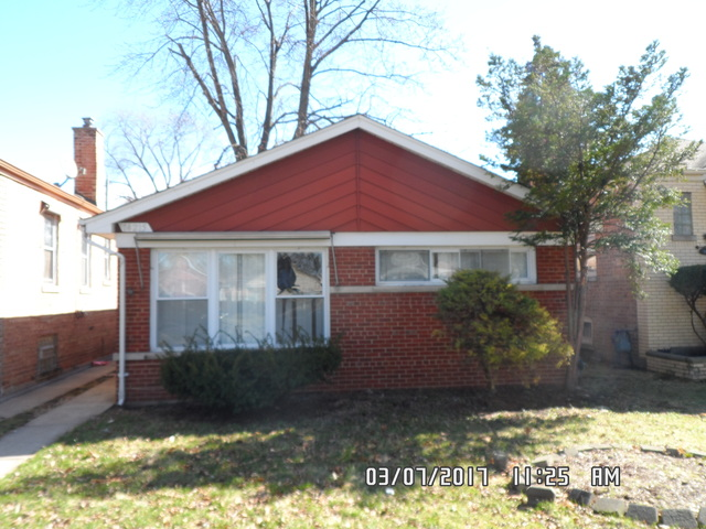 14215 S Wallace Avenue, Riverdale, IL 60827