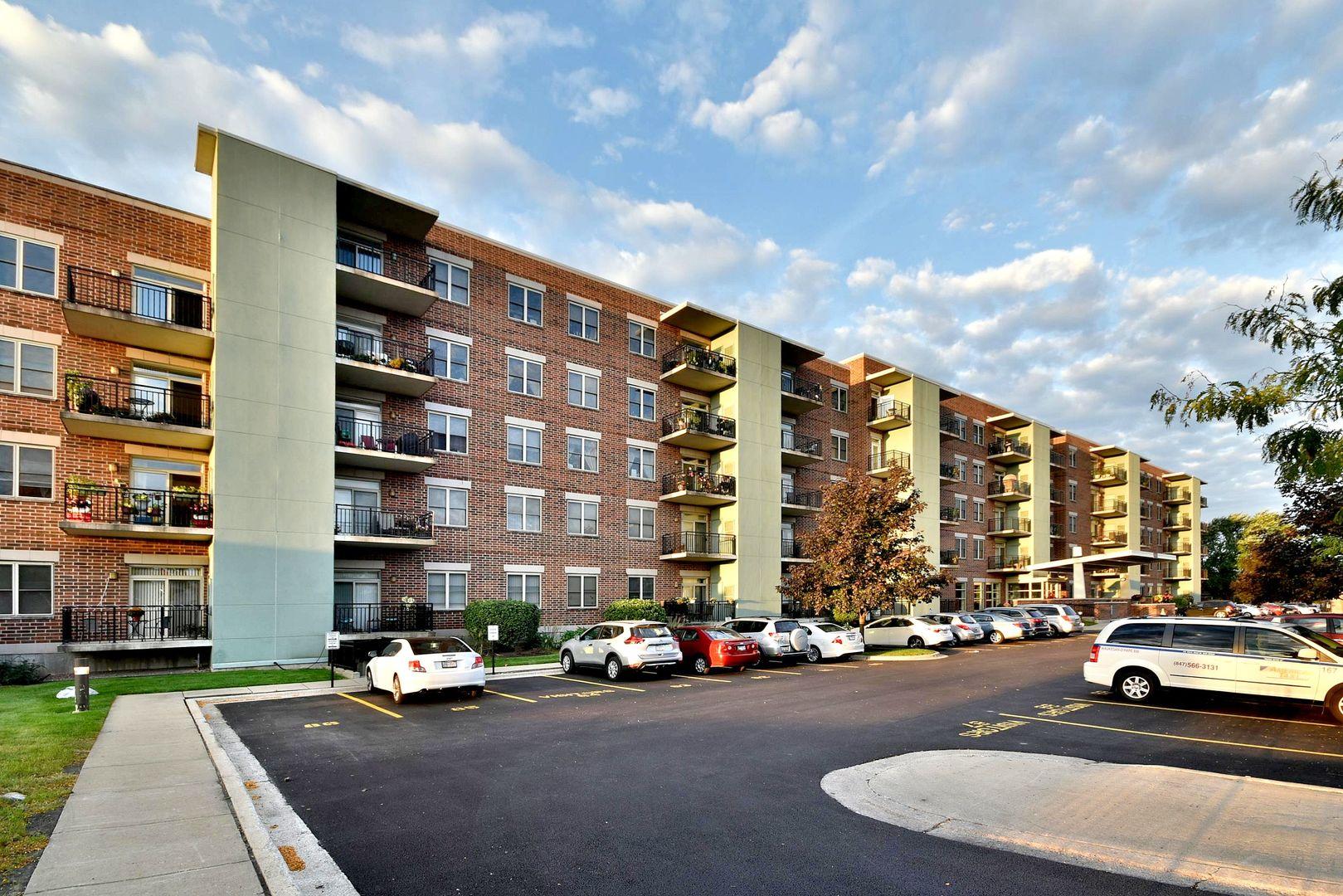 9355 Irving Park 311, Schiller Park, Illinois, 60176