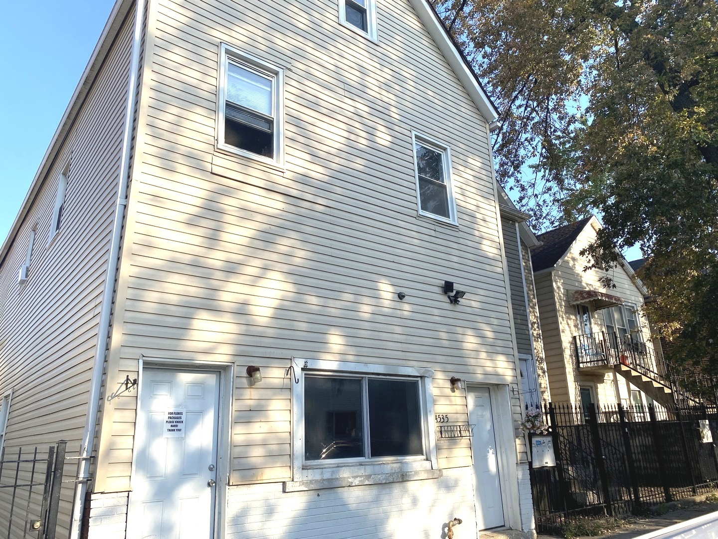 4535 S Honore Exterior Photo