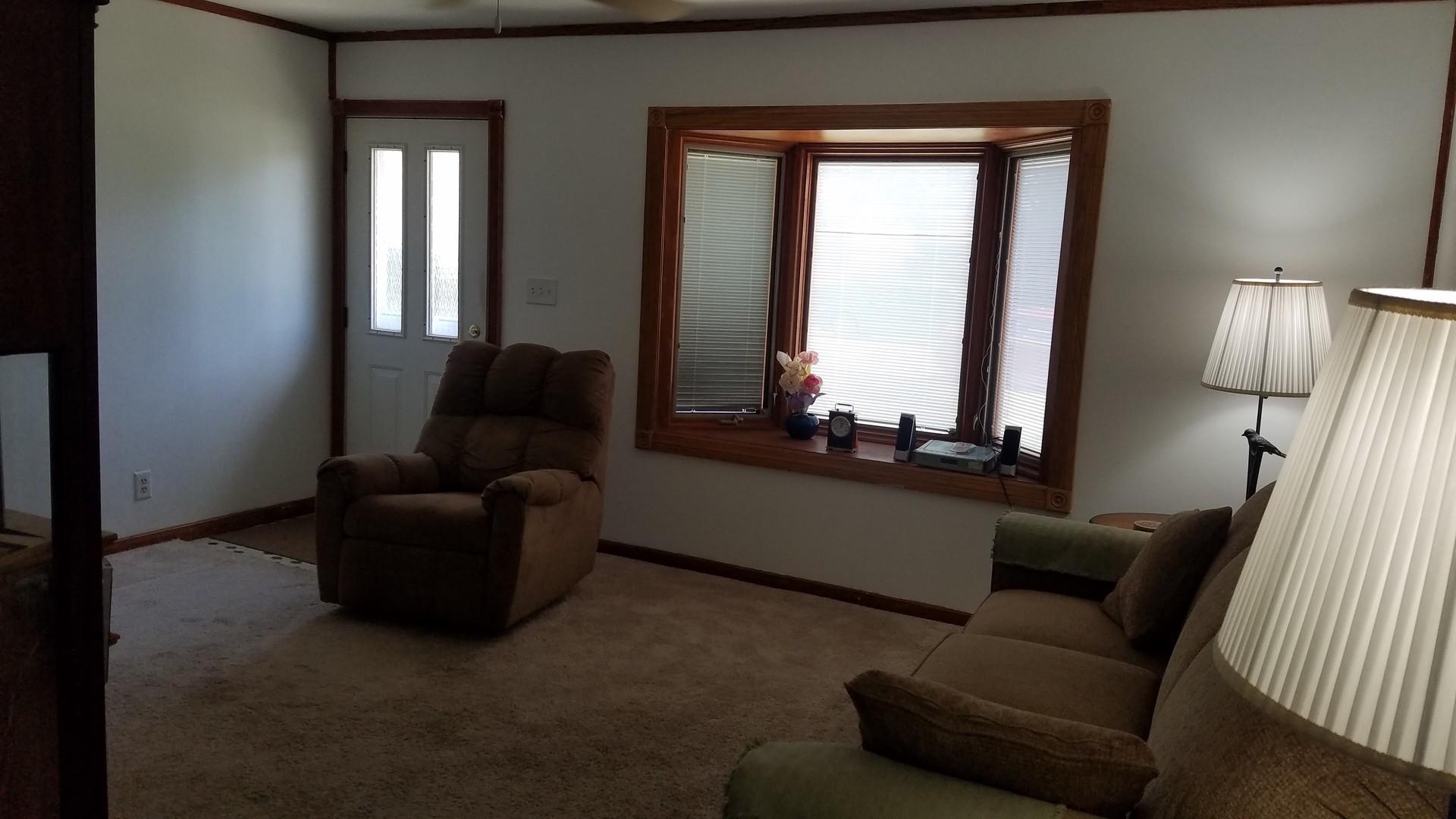 422 CEDARCREST, STREAMWOOD, Illinois, 60107