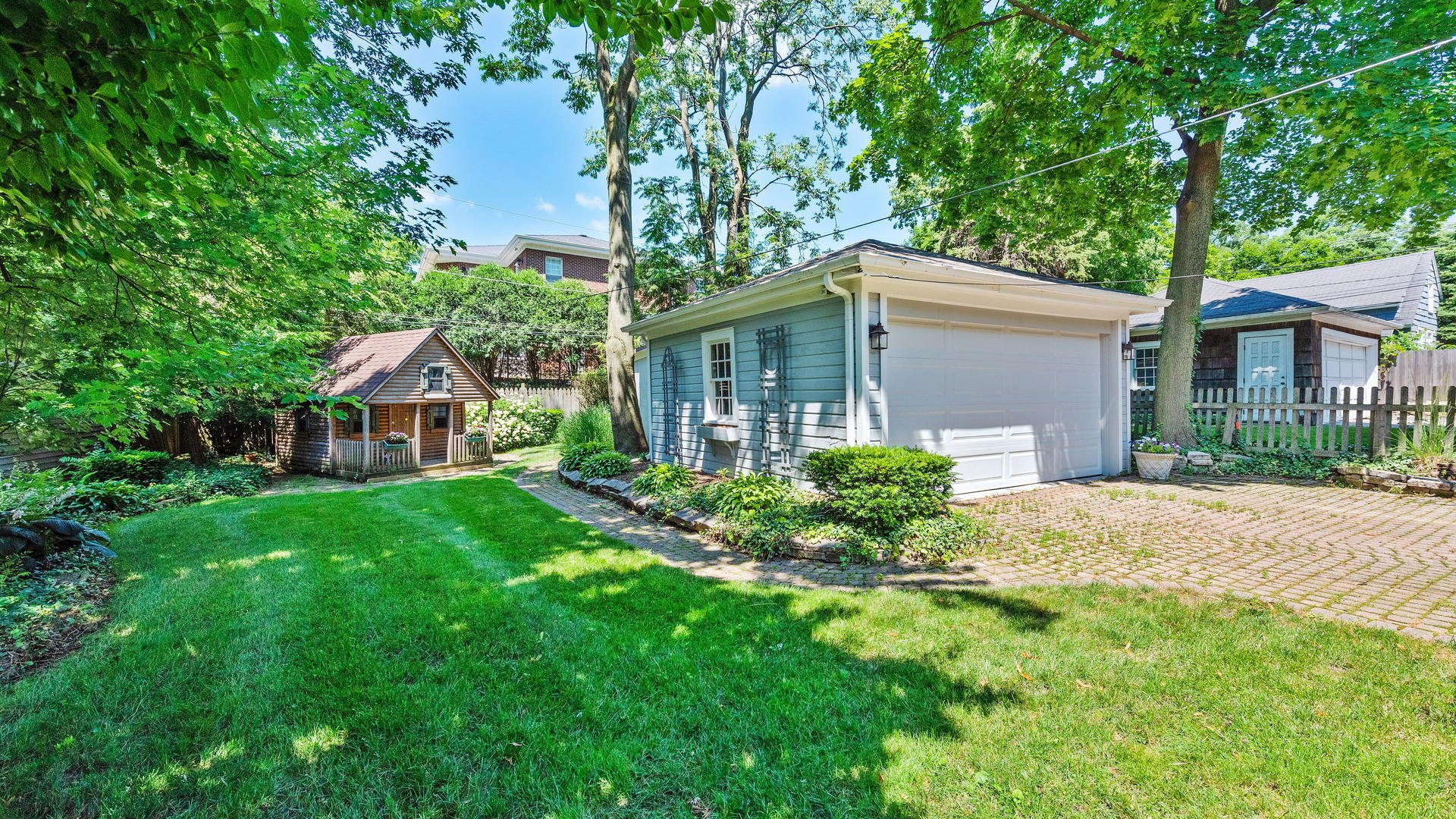 10 South Elm, Hinsdale, Illinois, 60521