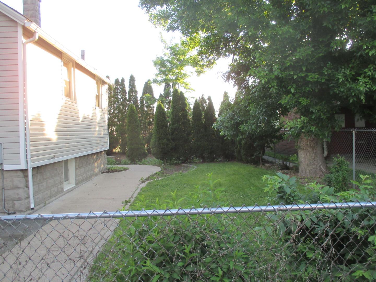 108 North Hunter, Thornton, Illinois, 60476