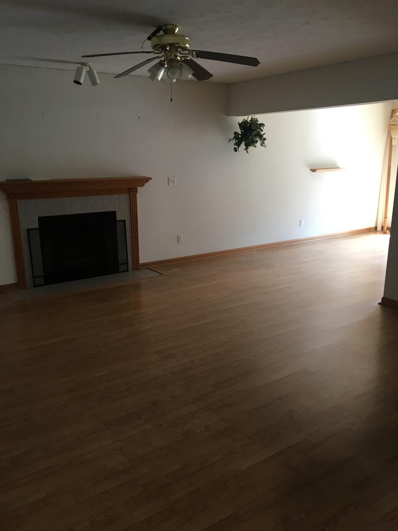 428 Pembroke, Poplar Grove, Illinois, 61065