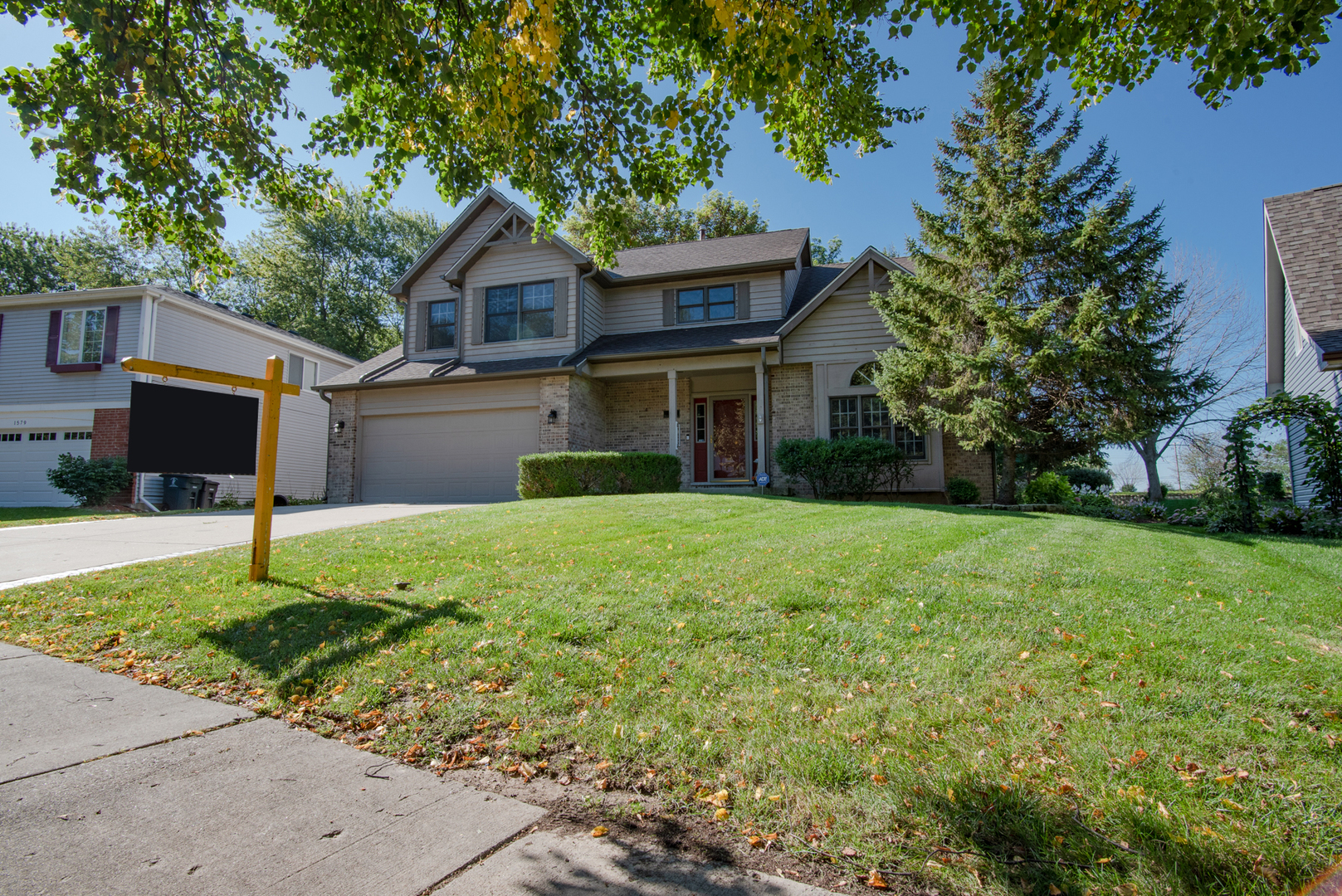 1573 Nightengale Circle, Lindenhurst, Illinois 60046