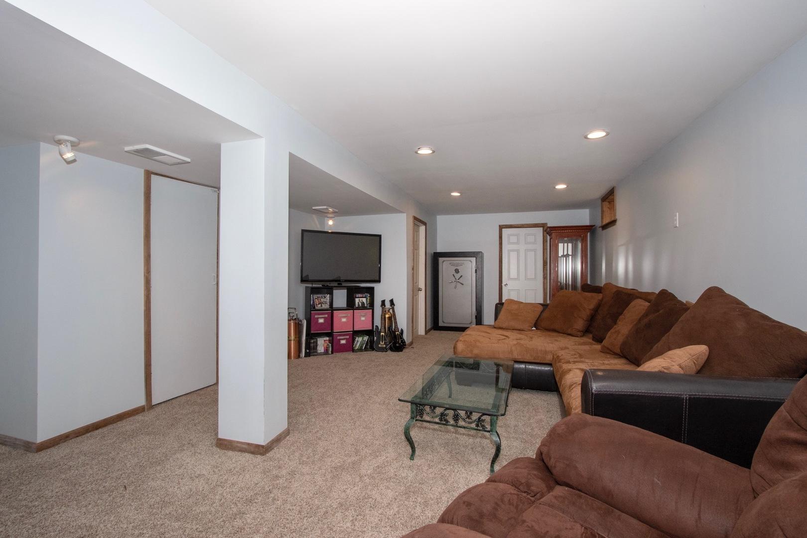 7303 North Oak, WONDER LAKE, Illinois, 60097