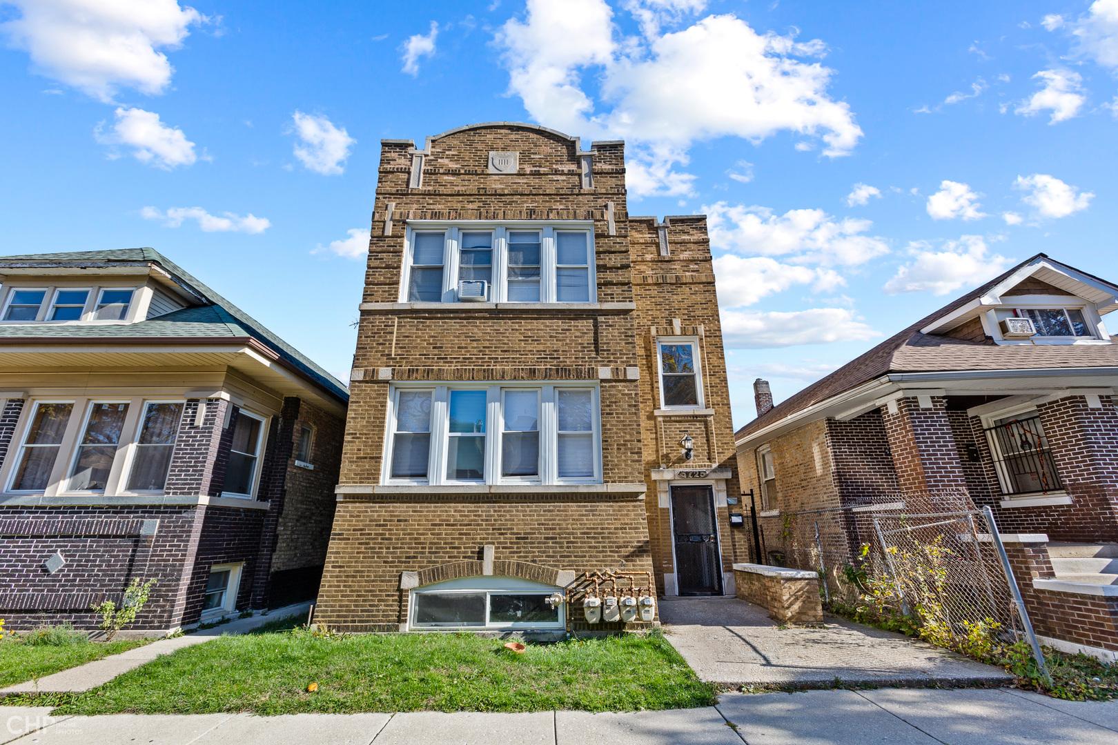 5725 S Maplewood Exterior Photo