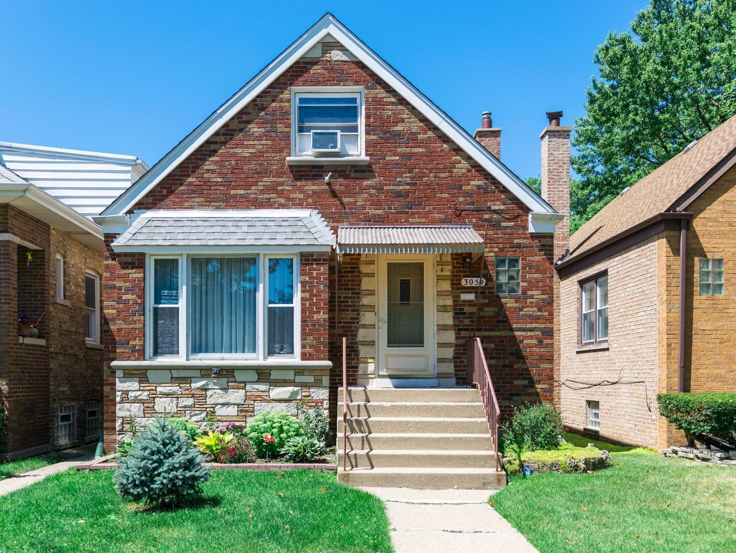 3054 N Rutherford Exterior Photo