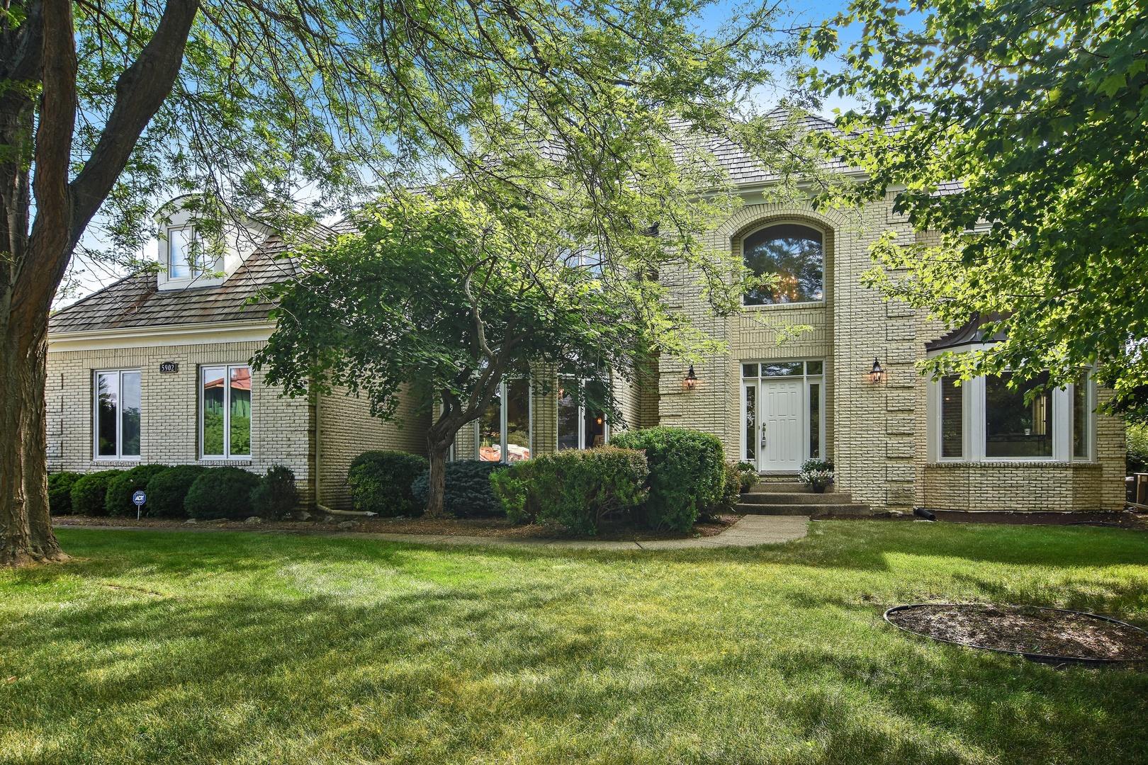 5902 Finch Court, Long Grove, Illinois 60047
