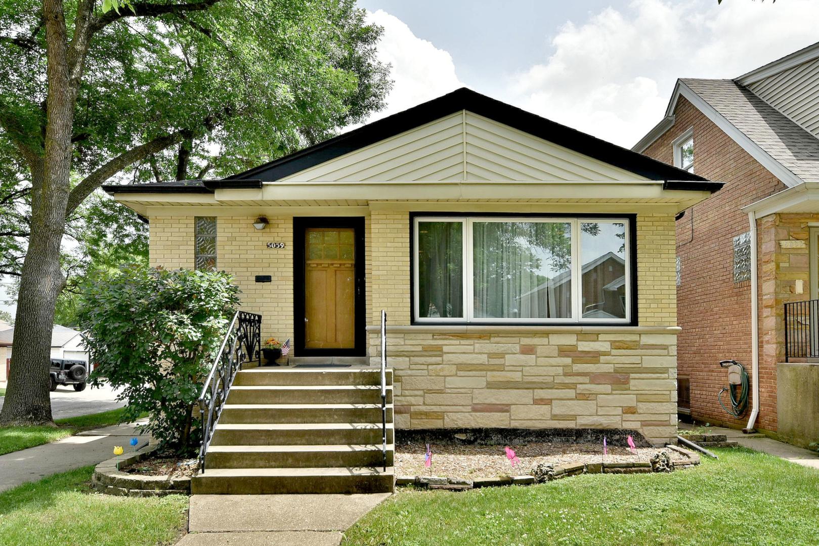 5059 N Oak Park Exterior Photo