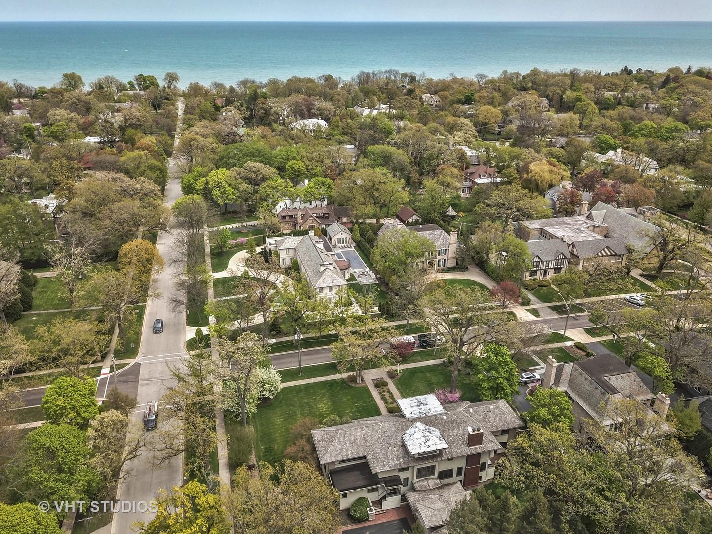 684 Greenleaf, Glencoe, Illinois, 60022