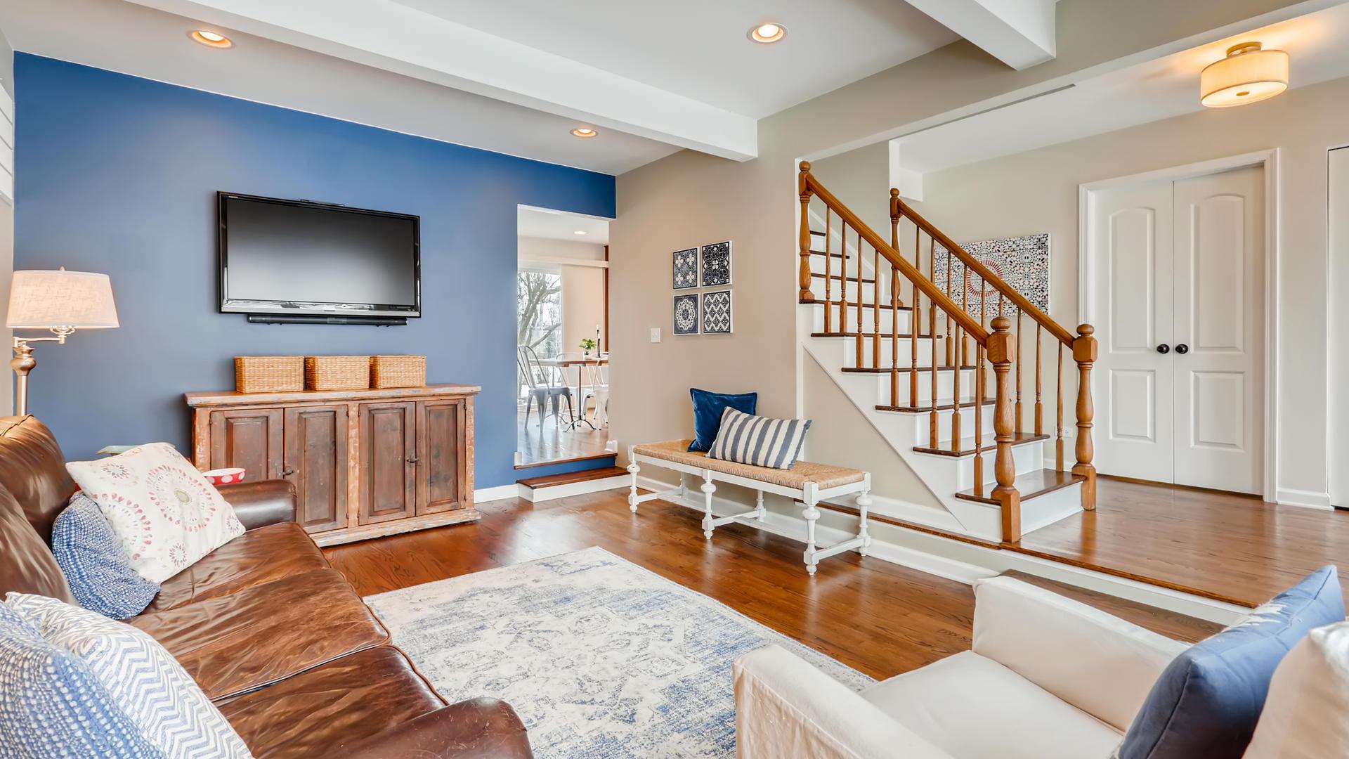 3775 Lexington, Hoffman Estates, Illinois, 60192