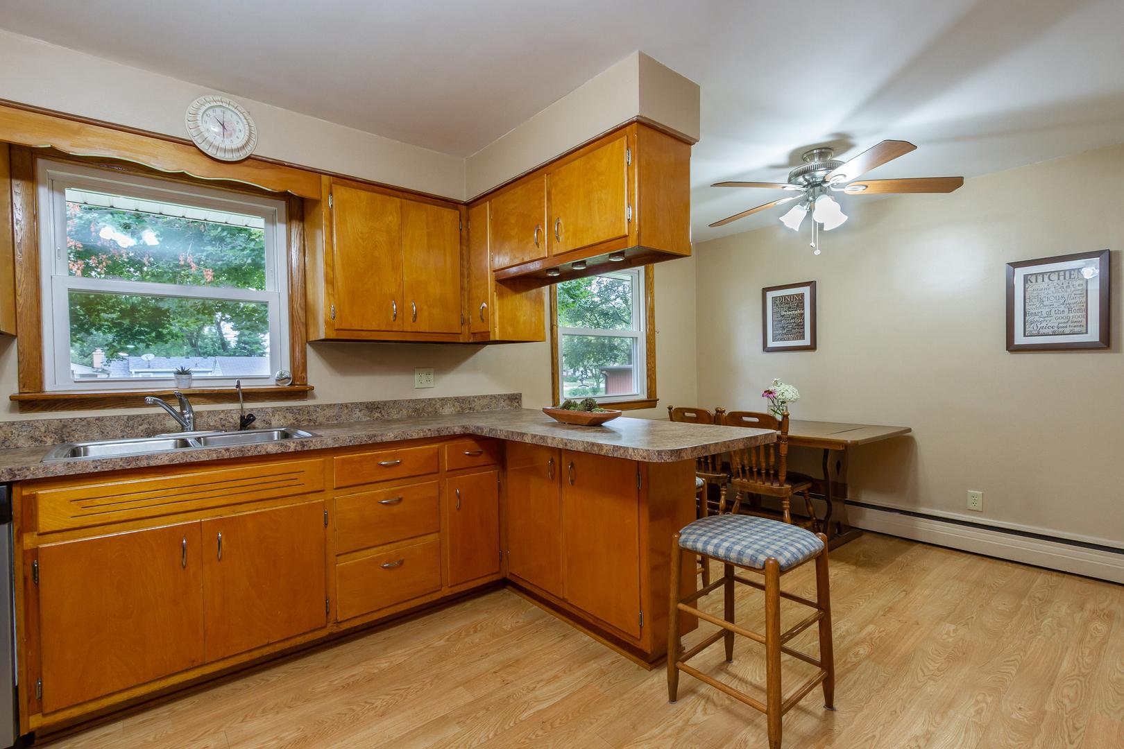 356 East Jackson, Hampshire, Illinois, 60140