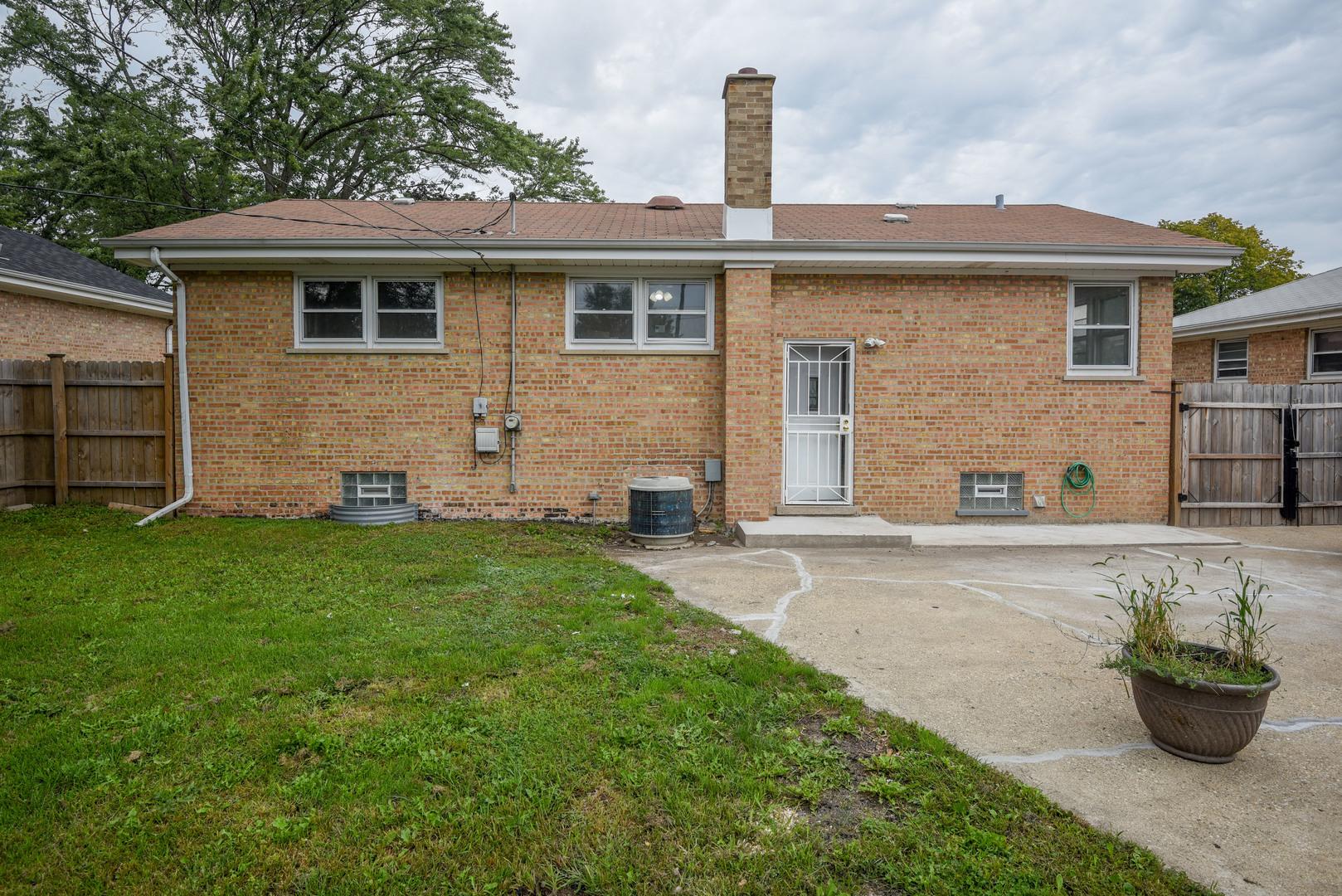4928 Saint Paul, Hillside, Illinois, 60162