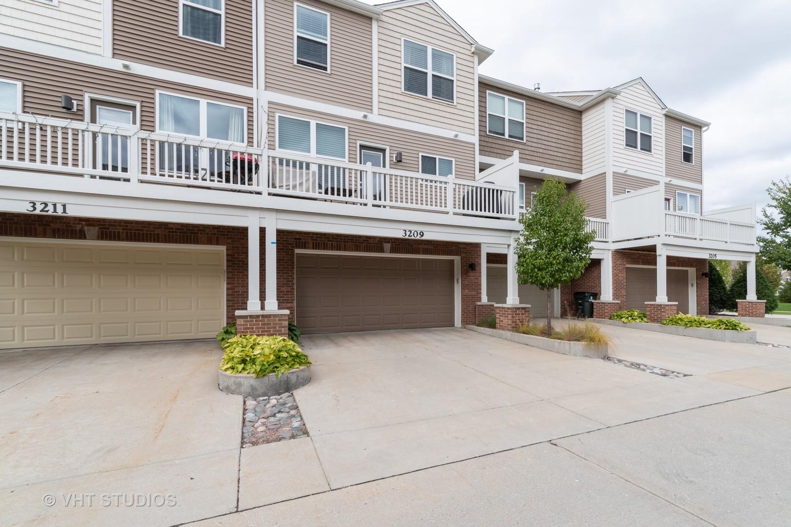 3209 Coral, Glenview, Illinois, 60026