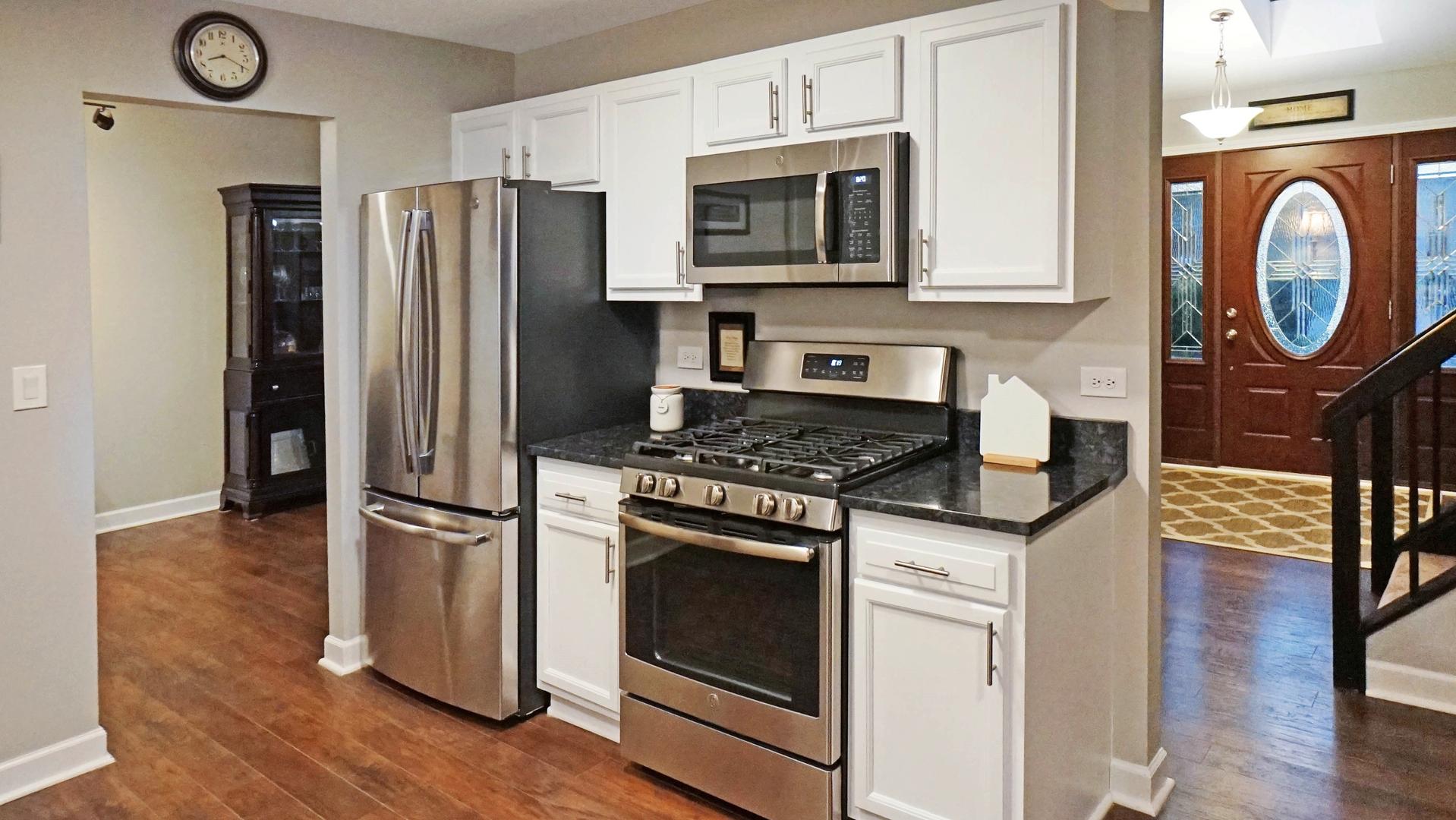 408 Kensington, STREAMWOOD, Illinois, 60107
