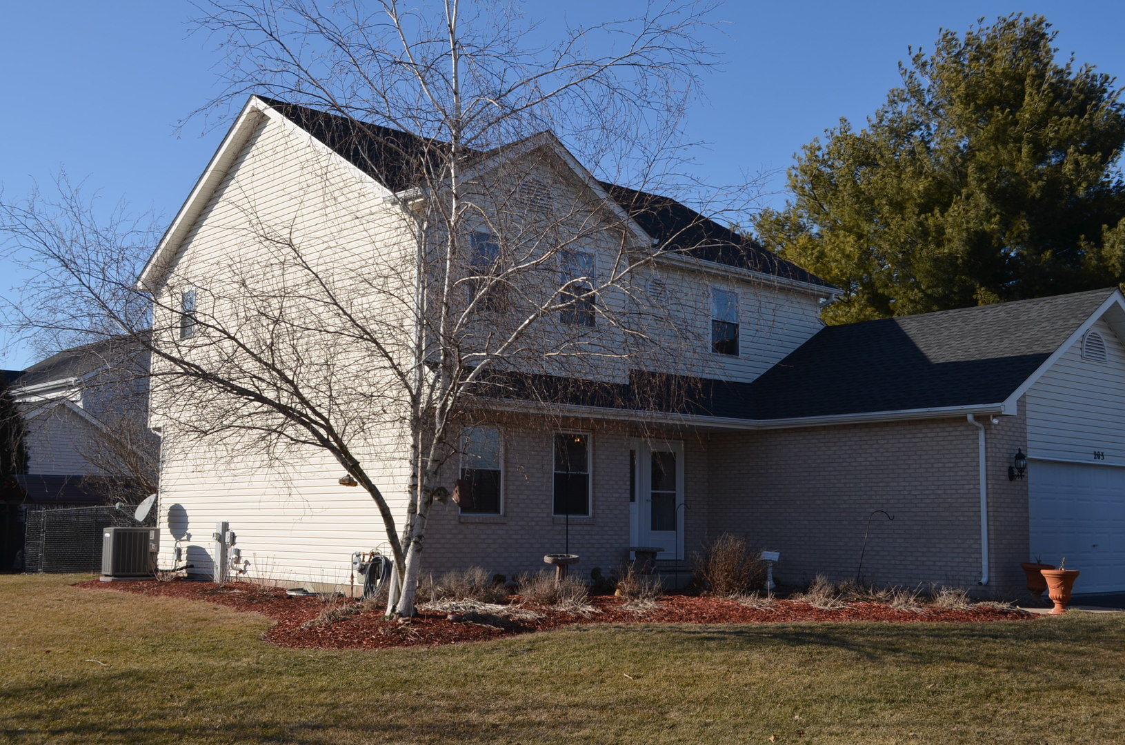 203 Fox Chase, Oswego, Illinois, 60543