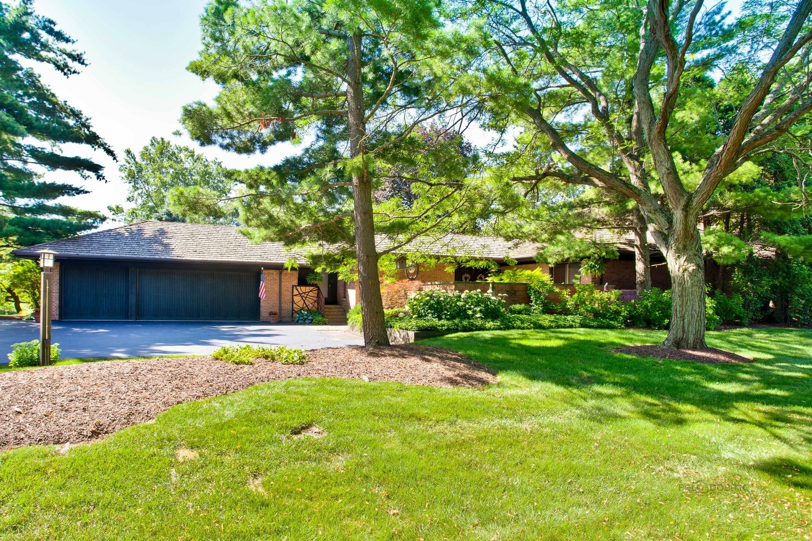 815 Dormy Lane, Barrington Hills, Illinois 60010
