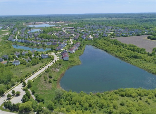 301 Lake Plumleigh, Algonquin, Illinois, 60102