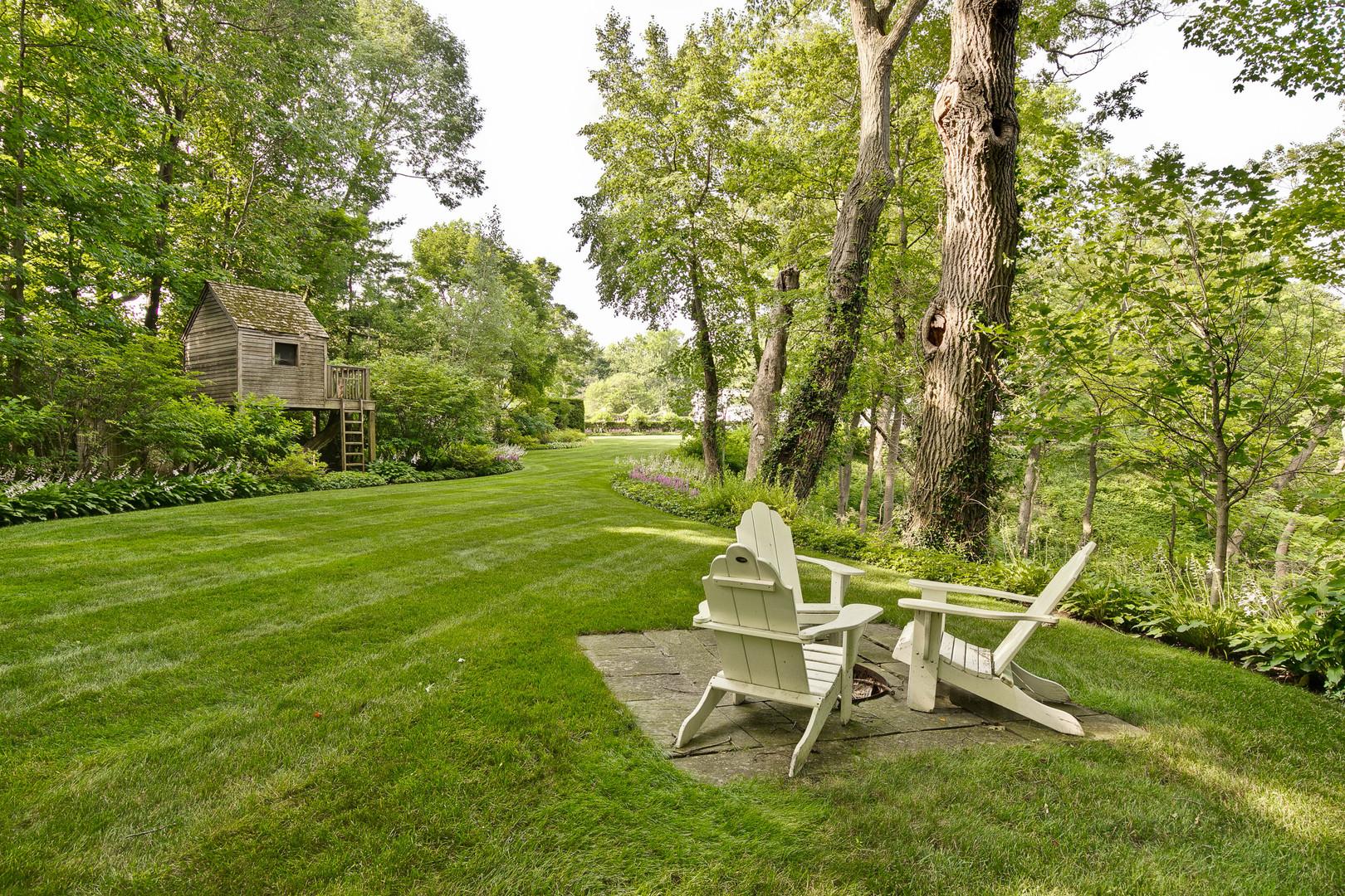 612 East Woodland, Lake Forest, Illinois, 60045
