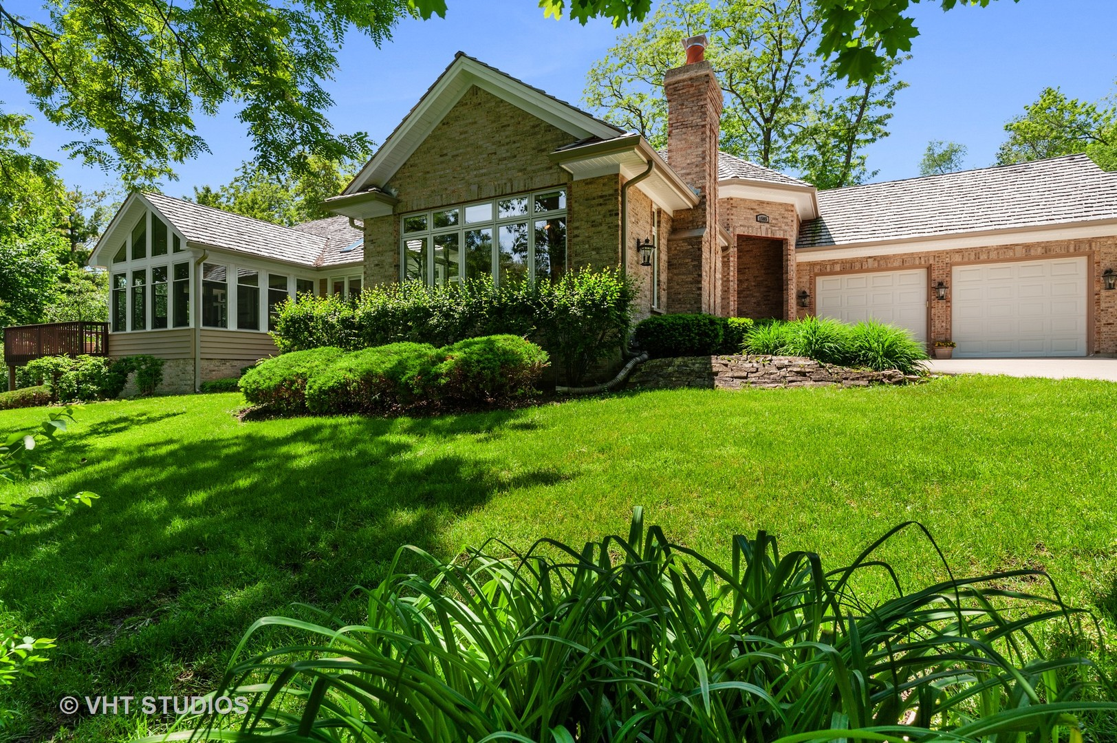1505 Parkview Drive, Libertyville, Illinois 60048