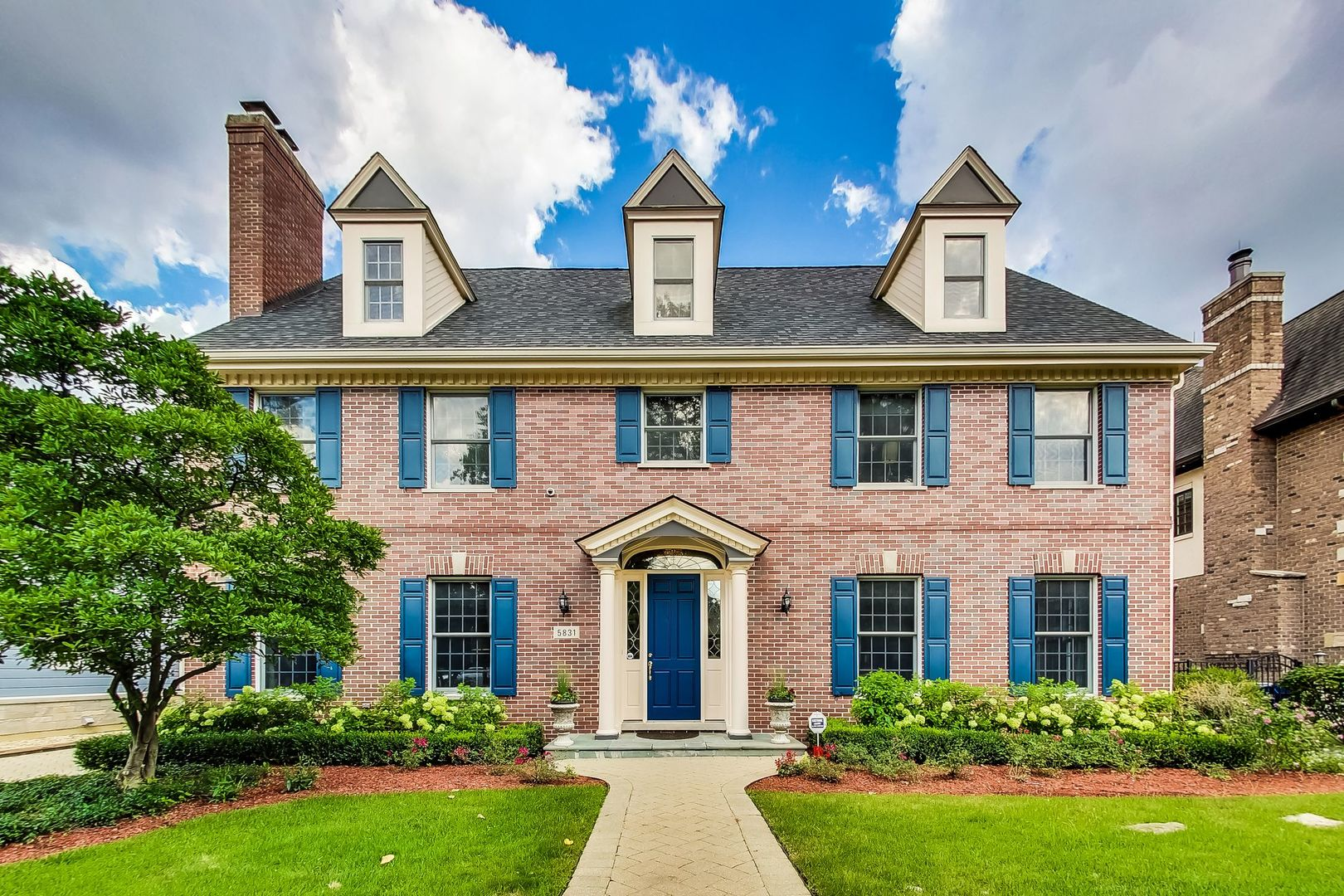 5831 South Grant Street, Hinsdale, Illinois 60521
