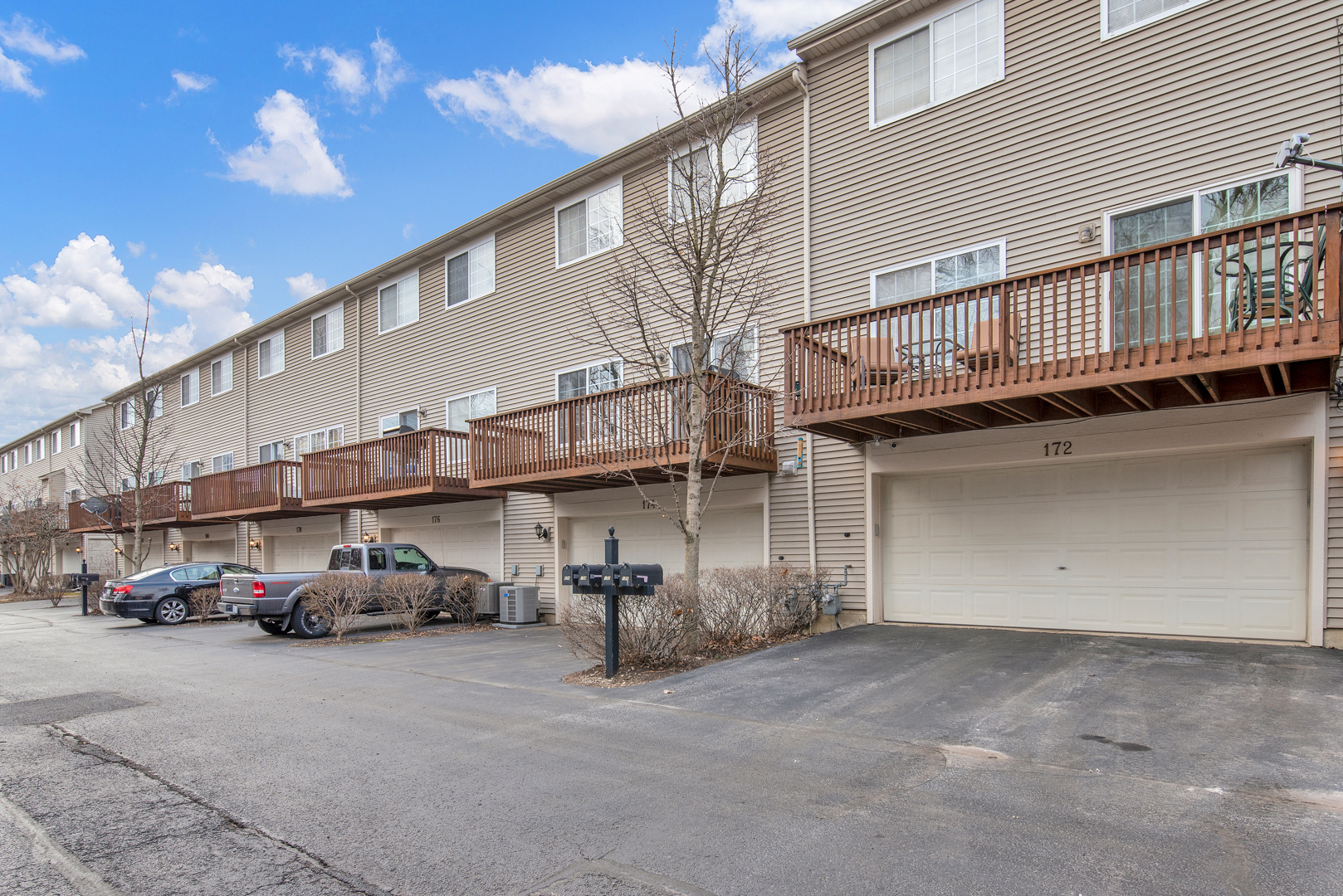 174 WILLOW 313, Willow Springs, Illinois, 60480