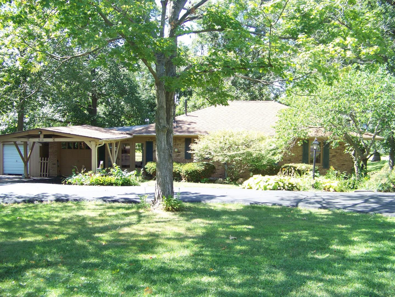 810 County Farm, Monticello, Illinois, 61856