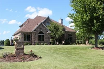 3812 Redwood Court, Spring Grove, Illinois 60081