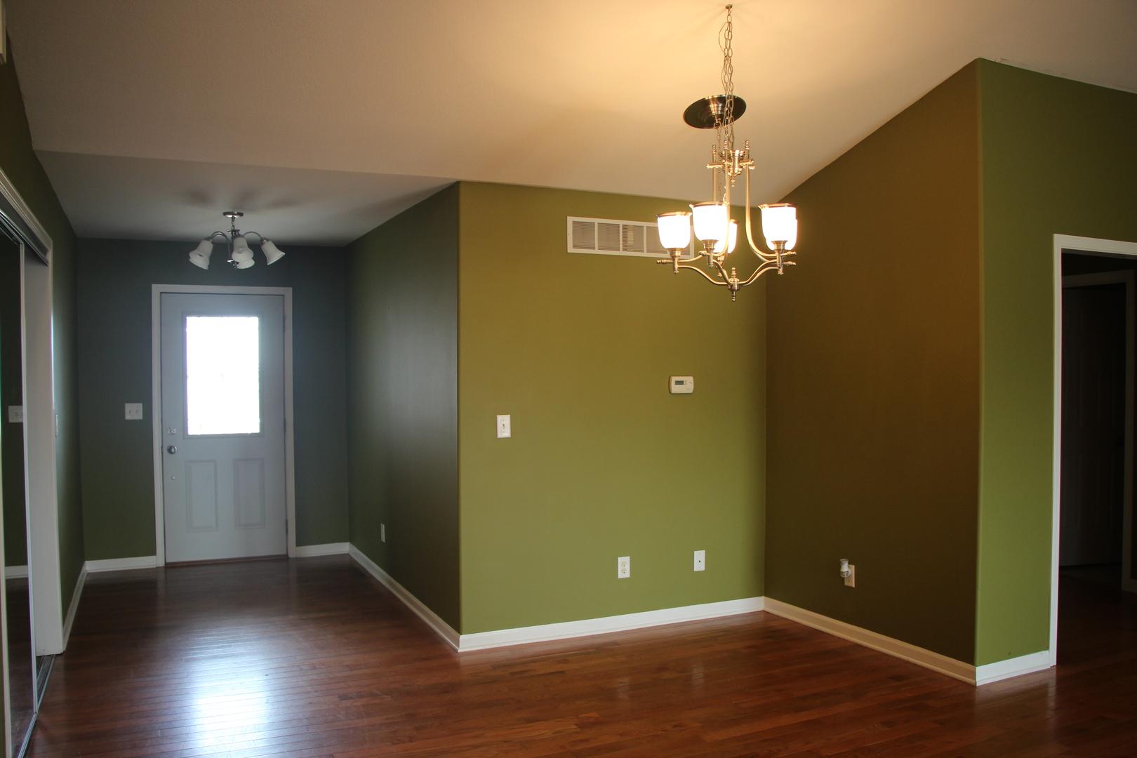 378 Carlene, LaSalle, Illinois, 61301