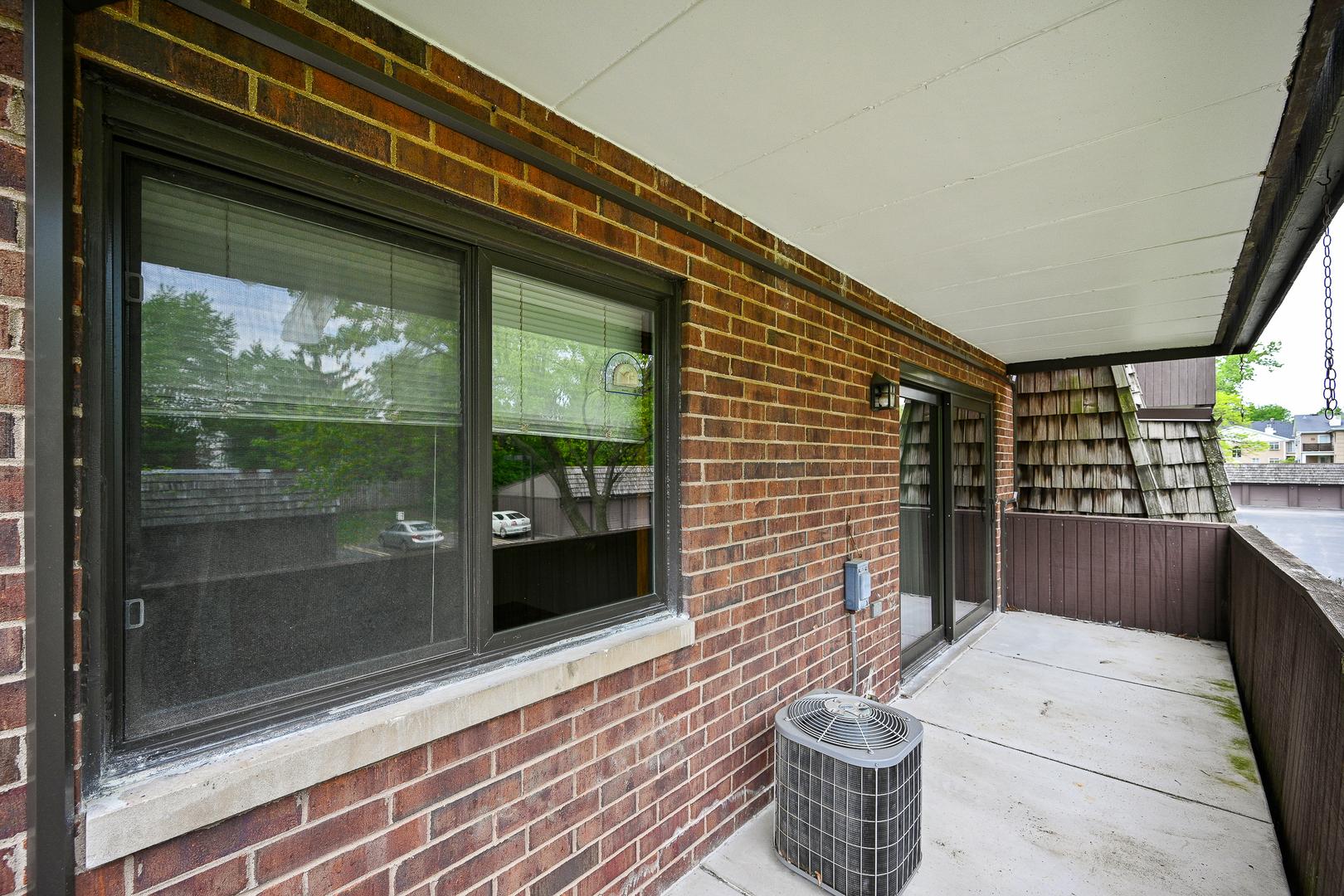 498 Timber Ridge 205C, Carol Stream, Illinois, 60188