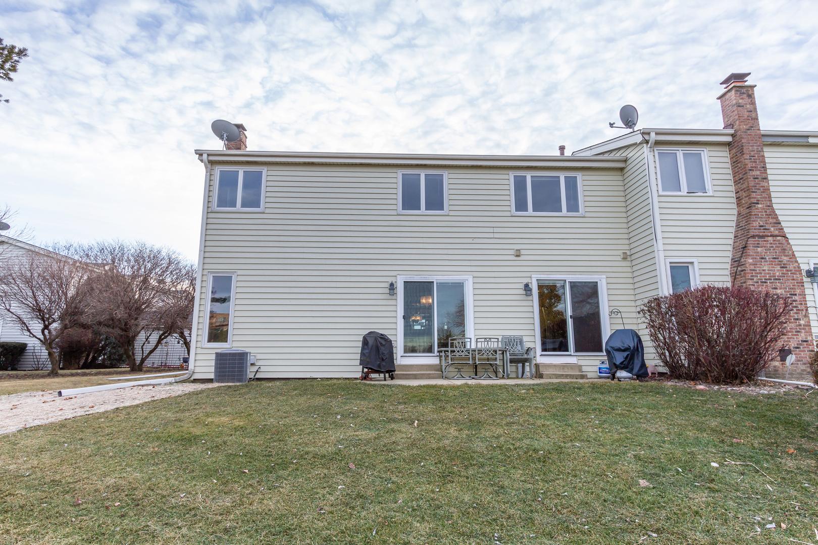 705 Ascot, Hoffman Estates, Illinois, 60169