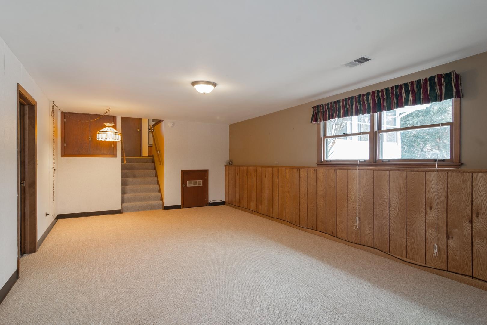 1302 West Lincoln, Mount Prospect, Illinois, 60056