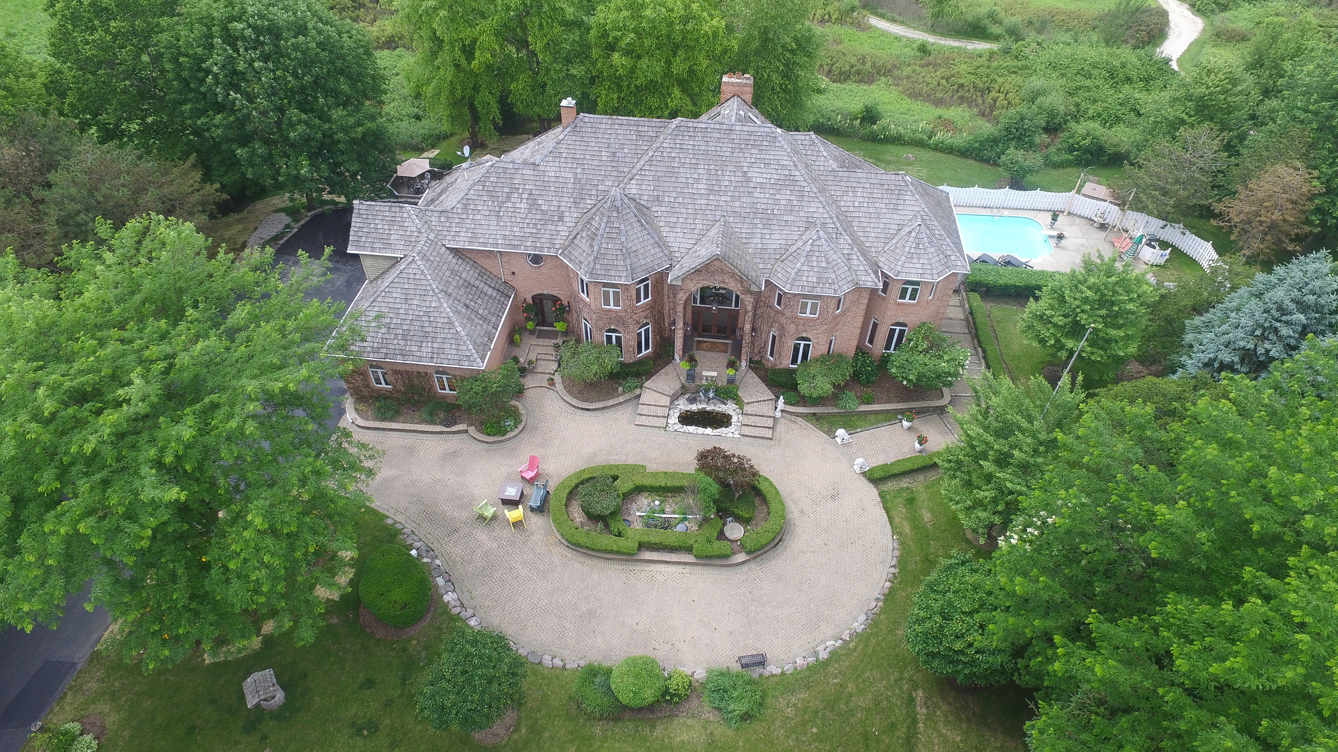 6613 Rosehedge Drive, Long Grove, Illinois 60047