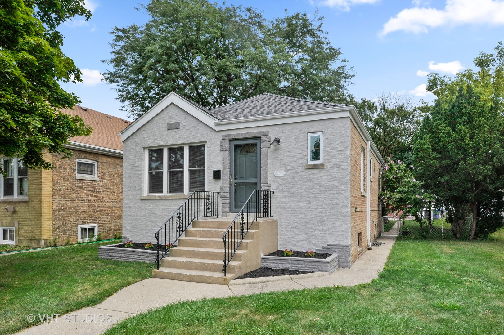 2845 N Rutherford Exterior Photo