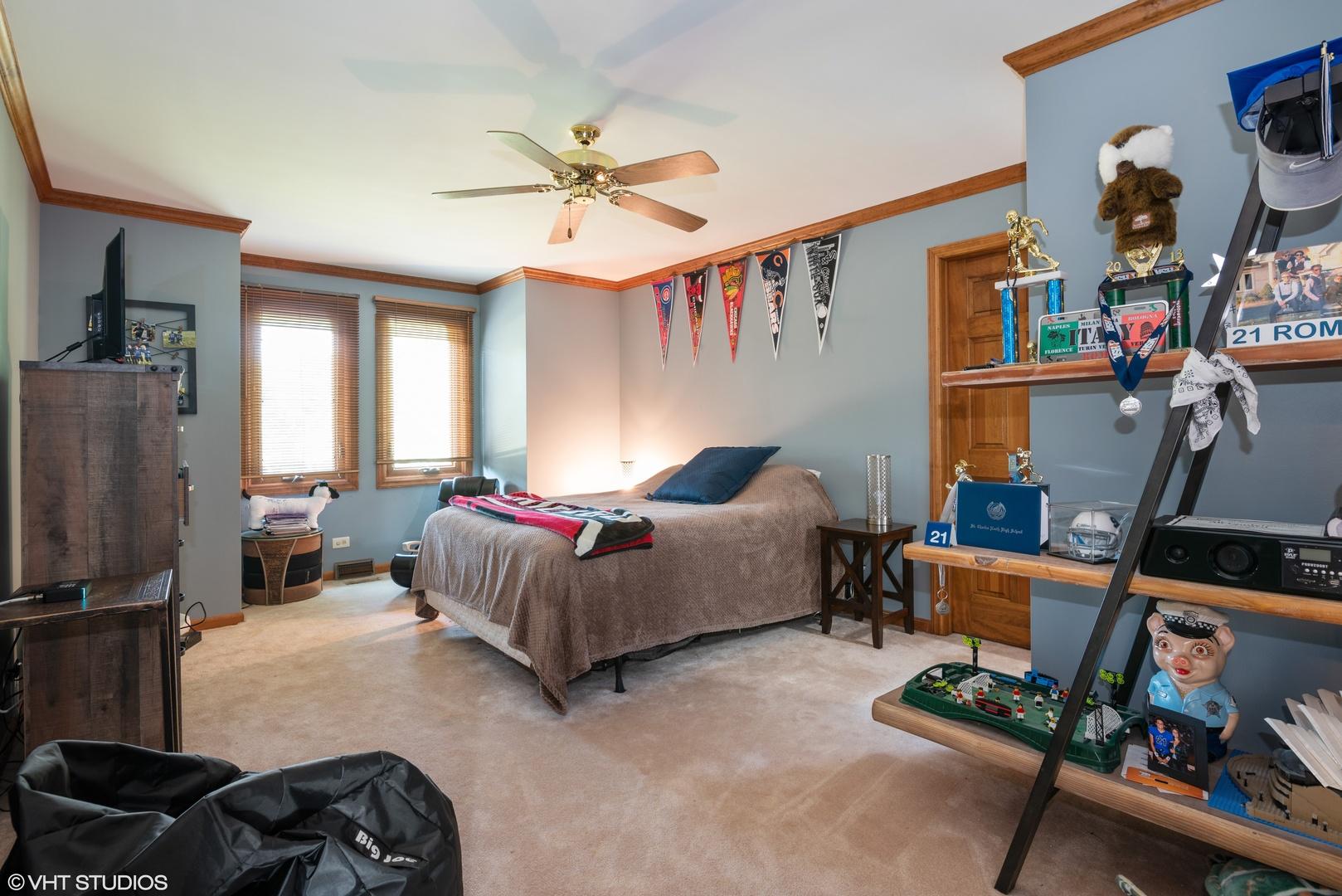 37W654 Grey Barn, ST. CHARLES, Illinois, 60174