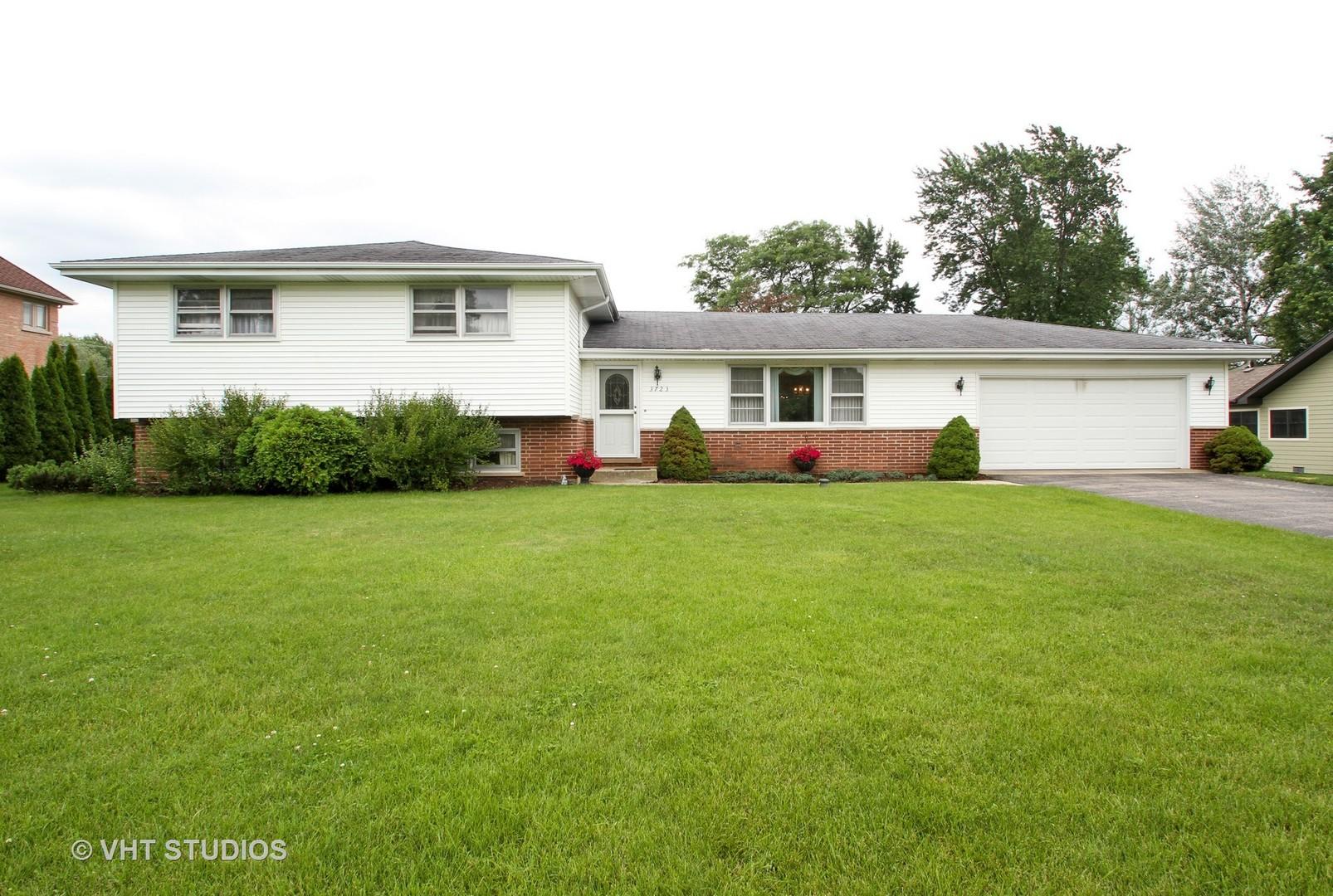 3723 Walters Avenue, Northbrook, IL 60062