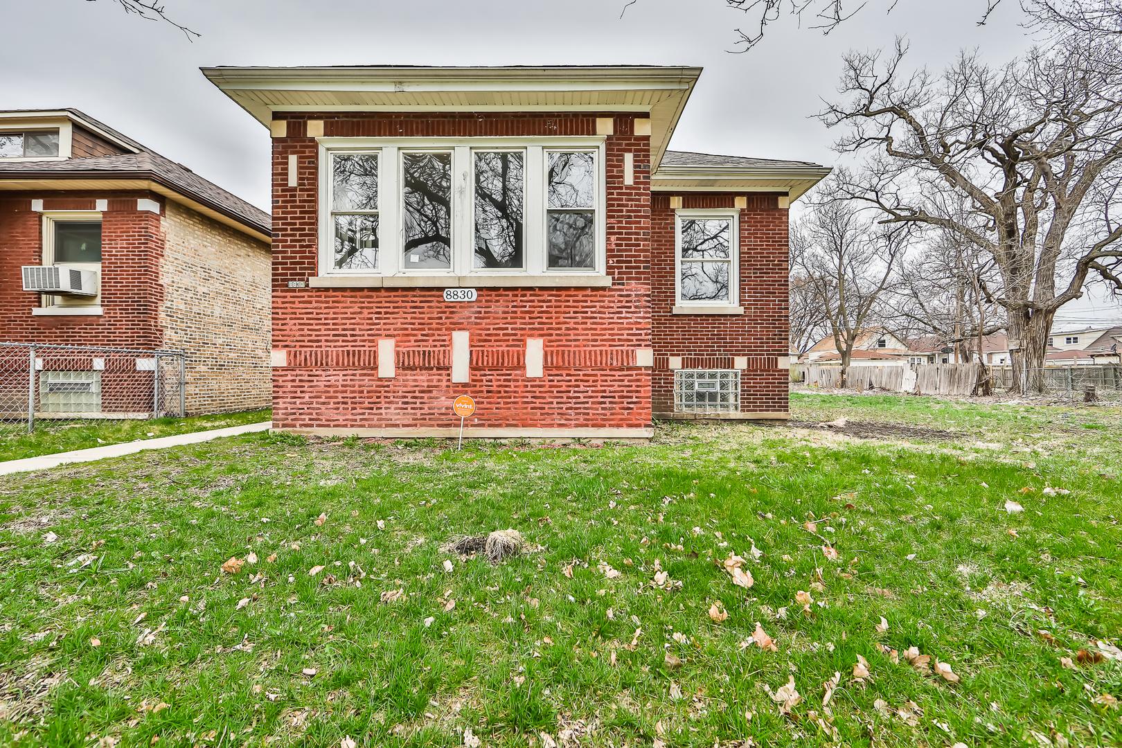 8830 S Carpenter Exterior Photo