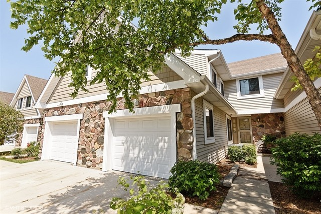 2513 Windsor Lane, Northbrook, IL 60062