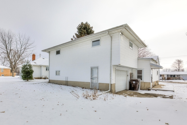 118 West Division, Fisher, Illinois, 61843