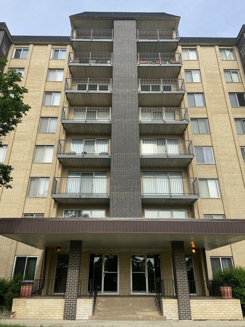 5400 Walnut Avenue, Unit 403, Downers Grove, Il 60515